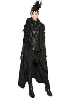 https://cdnd.lystit.com/photos/2012/06/06/ann-demeulemeester-black-furly-wool-alpaca-coat-product-5-3850833-280604944.jpeg