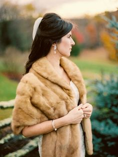 Winter Wedding Fur, Winter Wonderland Wedding, Winter Weddings, Vintage Fur, Vintage Bridal, Vintage Glamour, Winter Wedding Inspiration, Wedding Ideas, Rustic Wedding