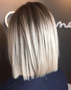 Love this blunt one-length for the perfect, most flattering short haircut. This balayage is stunning.