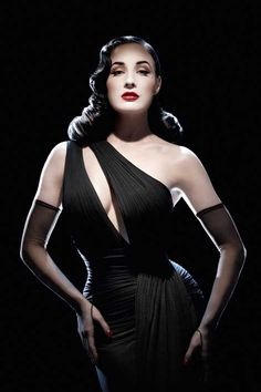 Dita Von Teese takes it off for South Florida