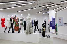 Women Fashion Power @ Design Museum London  http://artaurea.com/2014/women-fashion-power/
