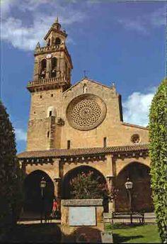 <Córdoba>Plaza de San Lorenzo. Por aquí pasaba cada día camino del Colegio Salesiano que está al lado.