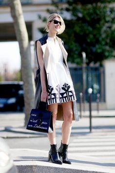 graphic print and sleeveless coat