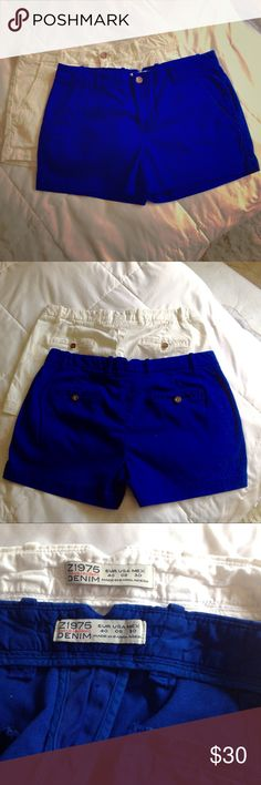 """👖 ZARA BASIC DEPT. Z1975 BUNDLE OF 2 SHORTS 👖 👖 Price includes both pairs of shorts, well made denim with 2 front slit diagonal pockets and 2 back faux pockets featuring Z1975 buttons, belt loops and V in center of back waistband, can dress these up or down, approximate flat measure waist 17"""", and 3"""" inseam, 2 way stretch Yay! Zara Shorts"""