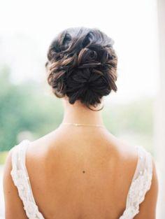 Preciosos recogidos y chongos para novia 2017: ¡Sé la más elegante! Image: 27