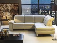 MATERIAŁY OBICIOWE: Meble tapicerowane nadają wnętrzu przytulności. A kiedy tkanina się przetrze albo po prostu znudzi, można ją wymienić, przeobrażając mebel w całkiem nowy. Couch, Furniture, Home Decor, Settee, Decoration Home, Sofa, Room Decor, Home Furnishings, Sofas