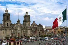 Mexico city - Se puede ver la cuidad y comer comida aqui.