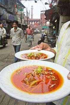 Nihari and paya outside Jama Masjid #Delhi #India #Food