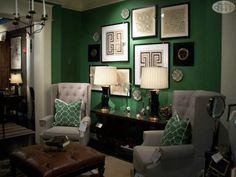 Love the kelly green in this room #nellhills #irish #lovelyart