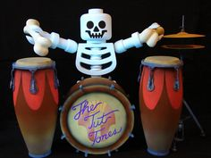 Tut Tones Drummer animatronic by Sally Corporation for LEGOLAND Parks