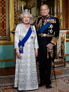 The Queen's official #DiamondJubilee portrait recalls her wedding portrait with Prince Philip from 65 years ago. Wearing a white silk and silver sequin dress by Angela Kelly and the State Diadem crown – as well as Queen Victoria's Collet Necklace – she looks elegant, regal and ready to celebrate her major milestone.