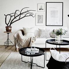 Espacios monocromáticos en blanco y negro, conoce más sobre psicología del color en nuestro Blog. (scheduled via http://www.tailwindapp.com?utm_source=pinterest&utm_medium=twpin)