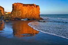 sunsurfer: Sunset Rock, El Matador Beach, California photo by rubinphoto Pacific Coast Highway, Beautiful Sunset, Beautiful Places, Beautiful Pictures, Big Sur, Newport Beach, Santa Monica, Places To Travel, Places To See