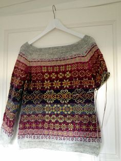 Oh gud s vakre farger sammen Ravelry elle-melle s Next year in Lerwick Knitting Stitches, Knitting Designs, Hand Knitting, Punto Fair Isle, Moda Lolita, Fair Isle Pattern, How To Purl Knit, Fair Isle Knitting, Ravelry