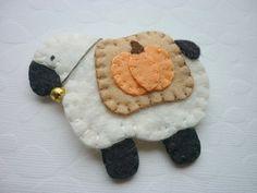 Wool Felt Brooch Sheep with Penny Rug Blanket Pin