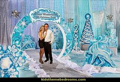 Enjoy the glittering winter view with our Frozen Wonderland Kit. This kit includes a arch along with other props to turn your event into a Frozen Wonderland. Frozen Birthday Invitations, Frozen Themed Birthday Party, Birthday Party Themes, Christmas Float Ideas, Christmas Parade Floats, Frozen Party Decorations, Disney Princess Costumes, Disney Frozen Party, Winter Wonderland Theme