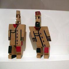 P11: Joaquín Torres García's Toys