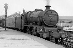 45568 Western Australia at Leeds Live Steam Locomotive, Royal Navy Submarine, Young Lad, Buses And Trains, Steam Railway, British Rail, Steam Engine, Train Tracks, Train Station