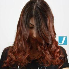 Gradazioni mogano_ rosso Autumn Degradé_Joelle #cdj #degradejoelle #tagliopuntearia #degradé #igers #shooting #musthave #hair #hairstyle #haircolour #longhair #ootd #hairfashion #madeinitaly #wellastudionyc #workhairstudiovittorio&tiziana #roma #eur