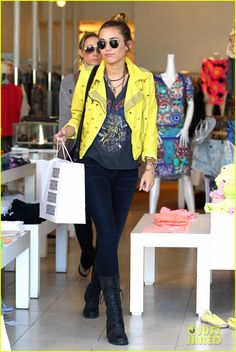 I can hate on some of the choices Miley Cyrus makes, but her style is right on.
