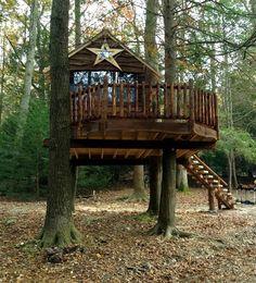 Mountain Treehouse Retreat
