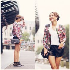 Choies Jacket, Noisymay Leather Shorts, Chloé Ankle Boots, Sheinside Blouse, Chanel Bag