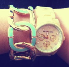 Michael Kors watch and mint accesories