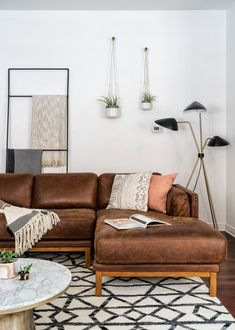 Dorm Furniture Arrangement Rugs New Ideas Living Room Plan, Living Room Themes, Home And Living, Interior Design Living Room, Living Room Designs, Dark Leather Couches, Dorm Furniture, Furniture Arrangement, Bedroom Decor