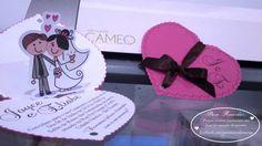 Modelo Joyce - CS#04: Convite para casamentos, noivados, bodas. Tamanho: 10x15cm (fechado), com fita de cetim, recorte especial e decoração interna pop up.