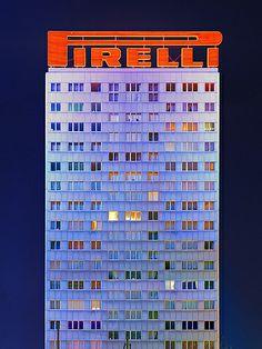 Tour Pirelli by Dom Garcia, via Flickr
