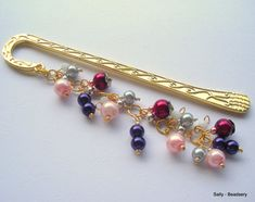 Colorful Pearl Bookmark Unique Gold Metal Beaded by Beadsery https://www.facebook.com/Beadsery http://beadsery.blogspot.com/