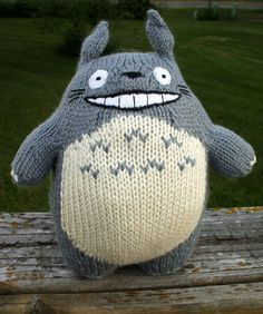 Knitted+Totoro++•++Make+a+bear+plushie+/+teddy+bear