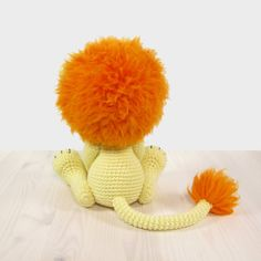 This written crochet pattern includes all the instructions needed to make your own 5-way jointed lion with moving arms, legs and head. I will show three ways to make the mane with either regular, felting or eyelash yarn.  Includes one PDF file, 17 pages. Pattern is written in English, using US crochet terminology. I included detailed instructions, many step-by-step photos and useful tips and tricks.  SIZE • 30 cm (12) tall, with worsted weight wool yarn and a 3,50 mm hook (US size 4/E). ...