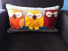 Super-cute owl pillow - perfect for an owl-themed nursery or just a great accent! #projectnursery