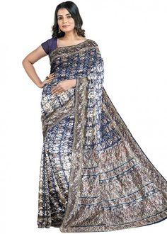 #blue #woven #bridal #kanjivaram #silk #saree #blouse #attractive #design #sareelove #new #arrivals #beautiful #indianwear #ootd #traditional #womenswear #online #shopping Kanchipuram Saree, Work Sarees, Stone Work, Floral Motif, Navy Blue, Sari, Blouse, Contrast Color, Clothes