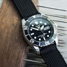 You need this Black 3D nylon strap on Seiko SNZF17 Sea Urchin Blog…