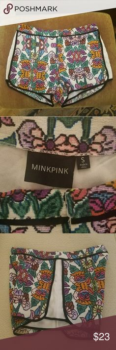 MINKPINK digital floral print shorts Perfect condition and so cute! The fabric is amazing as well. Runs a lityle big fot a small. Mid rise. MINKPINK Shorts