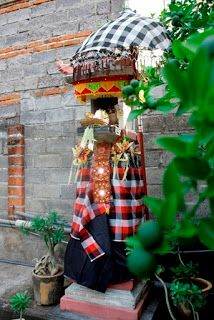 angkat ransel: to Singaraja, north Bali, Indonesia