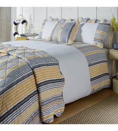 Comforters, Blanket, Bed, Furniture, Home Decor, Creature Comforts, Quilts, Decoration Home, Stream Bed