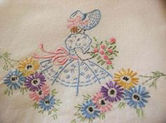 Ideas embroidery vintage patterns pillowcases for 2019 Hand Work Embroidery, Silk Ribbon Embroidery, Hand Embroidery Patterns, Diy Embroidery, Vintage Embroidery, Embroidery Stitches, Machine Embroidery, Embroidered Pillowcases, Embroidery Transfers