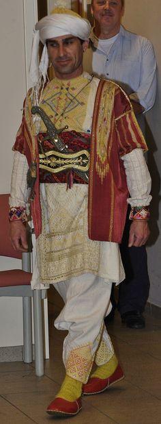 Tören Kostümü (Parade costume) in Syrian/Arabic style.   From: Gaziantep-town.  Mid-20th century.   (Kavak Folklor Ekibi & Costume Collection - Antwerpen/Belgium).