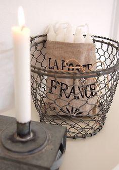 wire basket                            ****