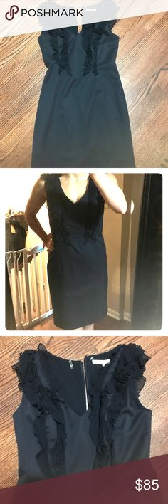 Rebecca Taylor dress Beautiful dress great for cocktail party or work day Rebecca Taylor Dresses Midi