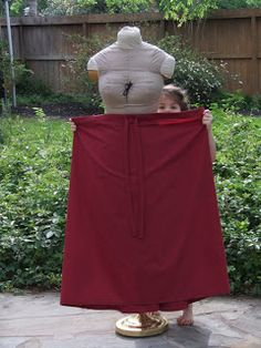 My aunt needed a couple of trek skirts for the stake youth conference coming up, but they were for unspecified young women. Fashion Days, Urban Fashion, Womens Fashion, Fashion Top, Fashion Trends, Pioneer Trek, Pioneer Woman, Pioneer Clothing, Diy Clothes