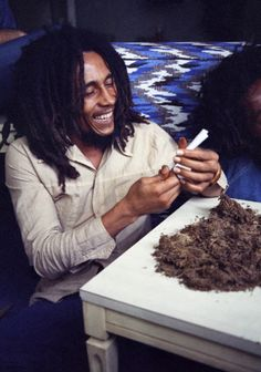 #BOBMARLEY n #GANJA perfect for #DOMAINNAME http://OneLoveGanja.com http://JamaicaLambsBread.com