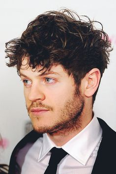 Iwan Rheon. I can't even handle this, seriously!