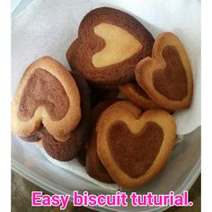 Easy two tone biscuit tuturial.