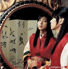 Lee Jun-Ki (이준기) as Gonggil in The King and the Clown. - #KDrama