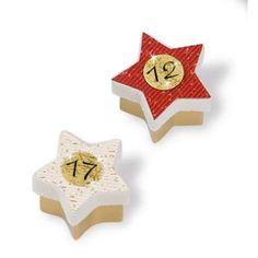 Pappschachtel Sterne, 25 tlg. aus starkem Karton, 15,75 € Stud Earrings, Advent Calenders, Paper Board, Stars, Christmas, Stud Earring, Earring Studs