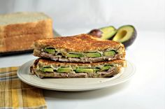 Grilled Turkey Avocado Ranch Cream Cheese Sandwich makes a quick, healthy and tasty lunch or dinner. Why go to the deli when you can make this at home? Cream Cheese Sandwiches, Cheese Sandwich Recipes, Turkey Sandwiches, Avocado Ranch, Grilled Turkey, Deli, Grilling, Tasty, Lunch